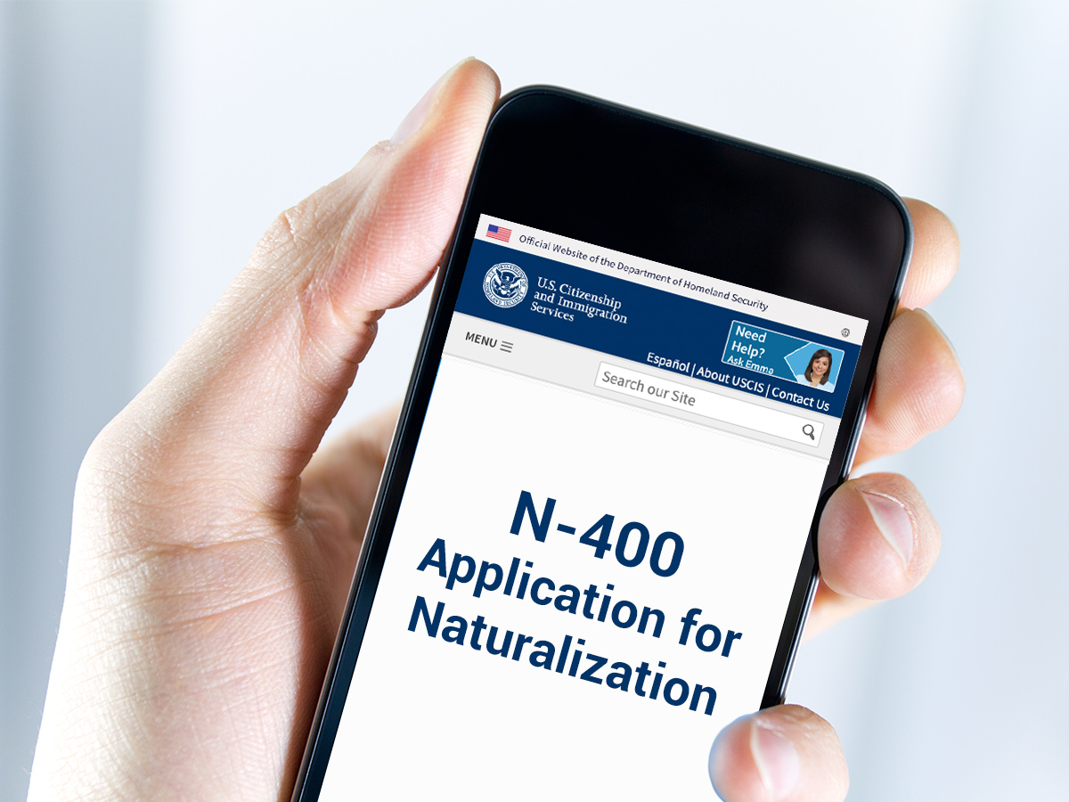 Mobile phone with N-400 Application and Naturalization screen