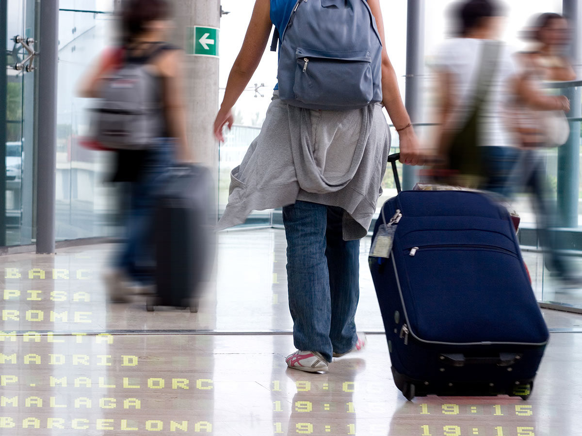 can-students-travel-while-on-opt